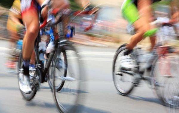 Ciclistas cubanas desafían hoy colinas y adoquines en circuito mundial