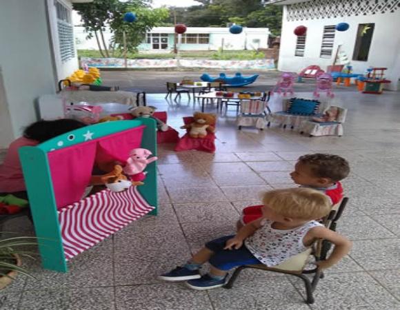 Amor y creatividad, la receta de los círculos infantiles para superar el bloqueo (+ Fotos)