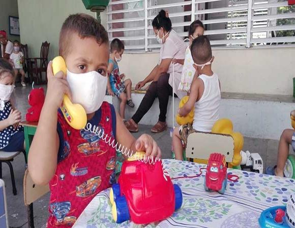 Retomarán en Camagüey programa de las Casitas Infantiles