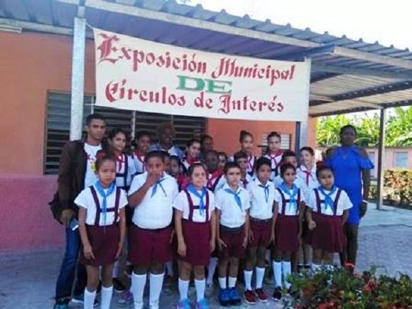 Exposición municipal de Círculos de Interés en Florida realza formación vocacional