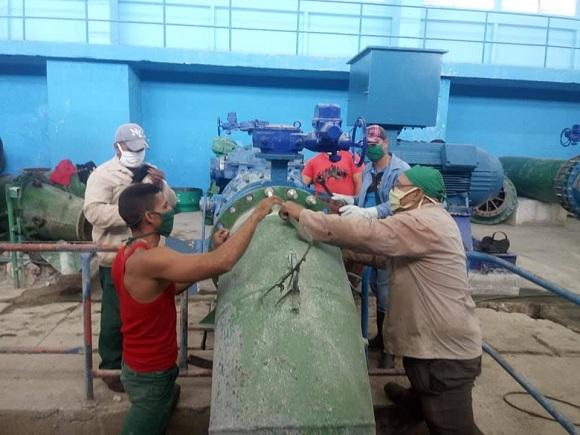 Realizan en tiempo record mantenimiento al sistema de acueducto de la ciudad de Camagüey