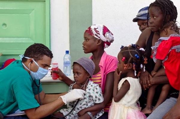 Convocan en Cuba a concurso 55 años de la Colaboración Médica Internacional
