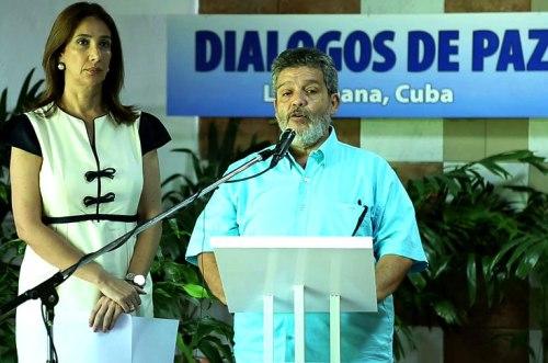 Califican de histórico acuerdo sobre la paz en Colombia