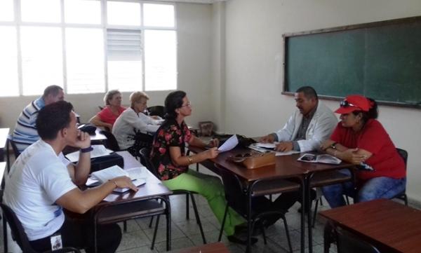 Comisiones de trabajo de Asamblea de Gobierno en Camagüey evalúa asuntos prioritarios