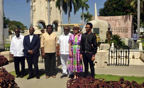 Homenaje del Presidente  gabonés a José Martí y Fidel Castro (+ Audio)