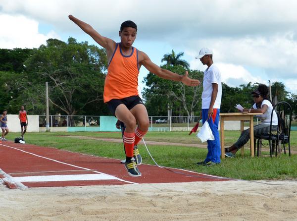 Limitados físico-motores agradecen consagración del personal deportivo camagüeyano