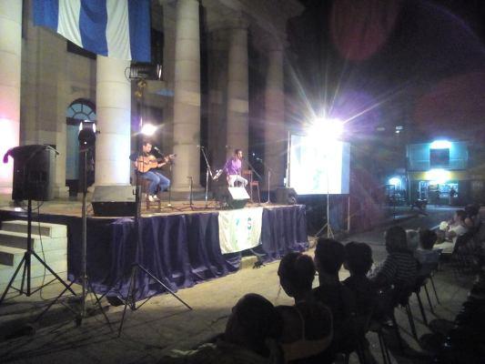 En Camagüey, concierto de lectura y trova para Fidel