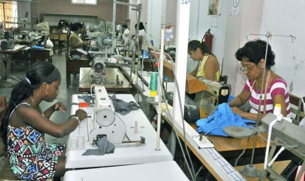 Industria textil camagüeyana por más calidad y productividad