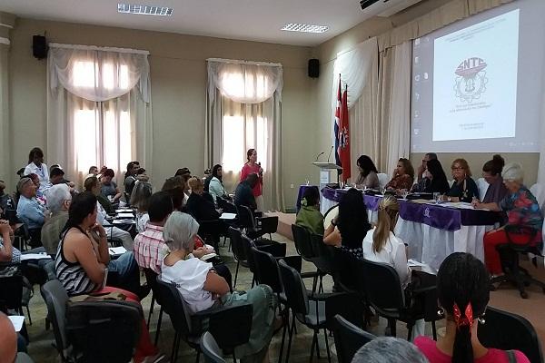 Trabajadores de la Cultura en Camagüey por un Sindicato fortalecido en defensa de Cuba