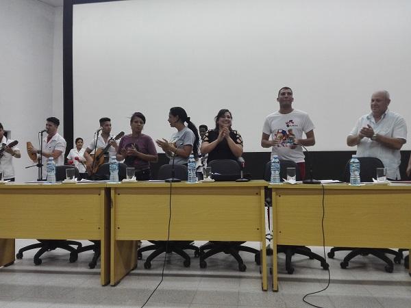 Jóvenes camagüeyanos intercambian experiencias como antesala al Congreso de su organización