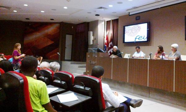 Consejo Nacional de la FEU favorece intercambio con diputados cubanos