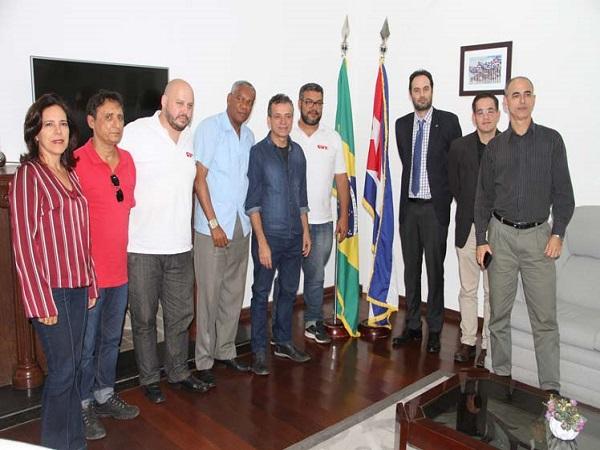 Condenan trabajadores brasileños recrudecimiento del bloqueo estadounidense contra Cuba