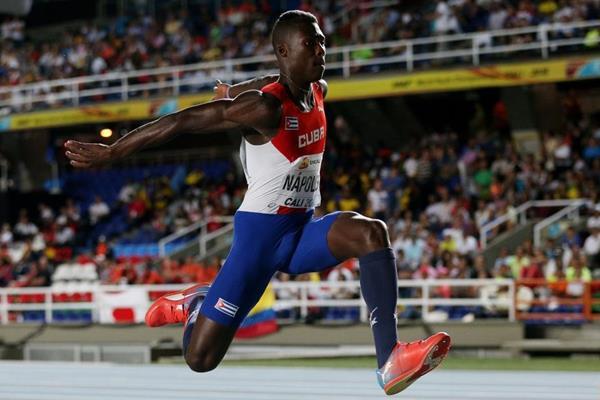 Cuba con tres hombres en la final  del triple salto en Mundial de Atletismo