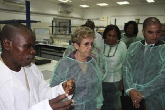 Cuba y Angola analizan plan para fortalecer cooperación pesquera