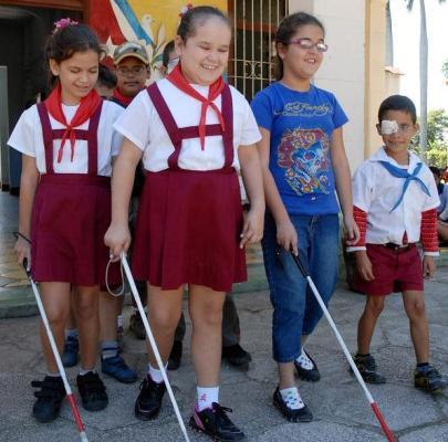 Reconocen apoyo de Cuba a personas con discapacidad