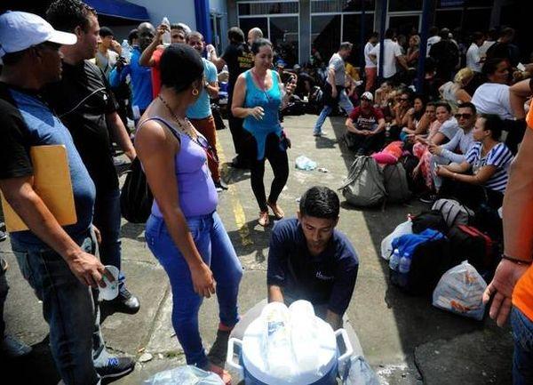 Costa Rica garantizará atención a migrantes cubanos