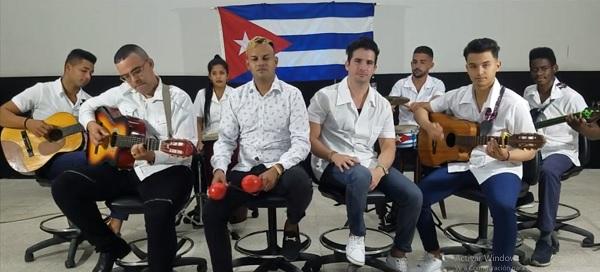 Con las armas del amor, #CubaSalva