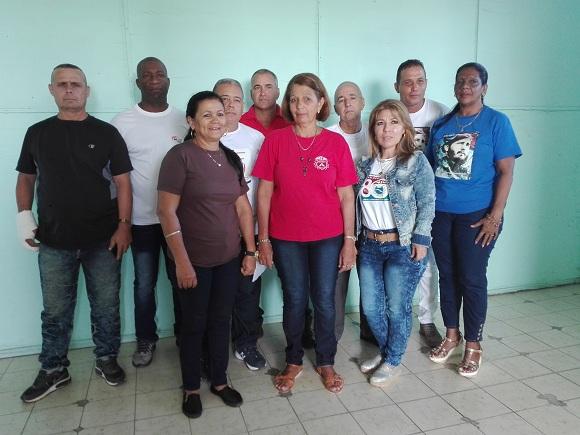 Delegados camagüeyanos a XXI Congreso de la CTC intercambian con colectivos laborales destacados