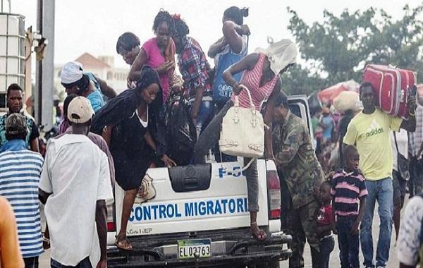 Más de 900 haitianos deportados desde República Dominicana