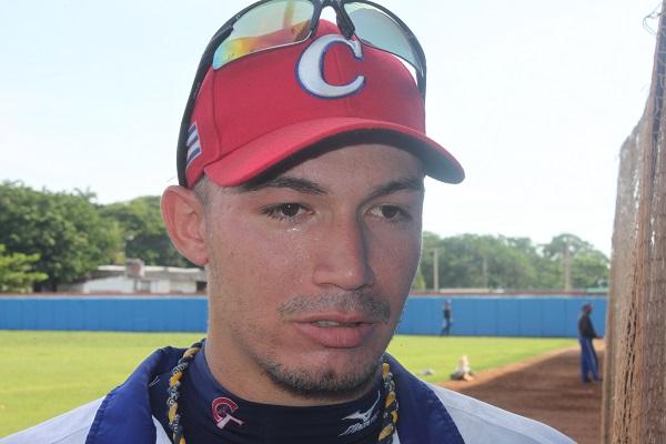 Leonel Segura, capitán del equipo: Teniendo en cuenta los partidos en Holanda, el entrenamiento con el Cuba y la actual preparación, tengo expectativas superiores para esta Serie.