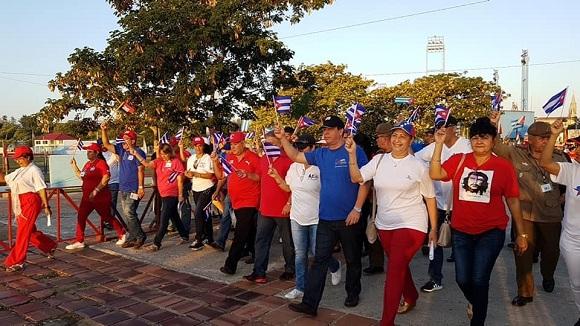 Marchan trabajadores camagüeyanos con la unidad como premisa (+Fotos)
