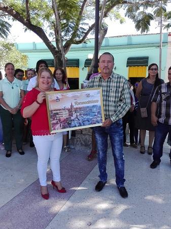 Reconocen en Camagüey a trabajadores destacados del Comercio, la Gastronomía y los Servicios (+ Fotos)