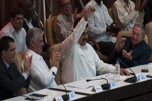 Raúl Castro y Díaz-Canel felecitan a Maduro por su reelección como presidente (+ Tuits)