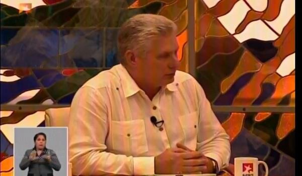 Presidente cubano comparece en Mesa Redonda sobre Covid-19 (Transmisión en vivo)