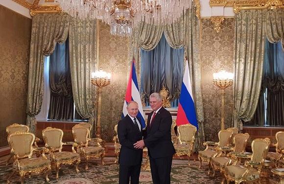 Díaz-Canel y Putin se reúnen en el Palacio del Kremlin (+ Fotos, Tuits, Post y Video)