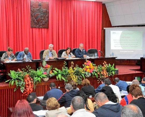 Evalúa visita gubernamental a Sancti Spíritus producción de alimentos y programa de la vivienda (+Tuits)