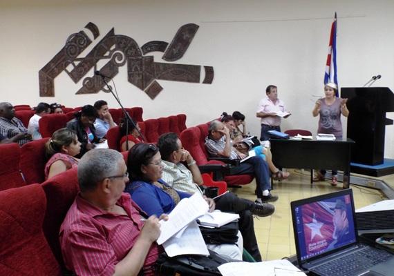 Inmersos diputados camagüeyanos en tareas de supervisión económica