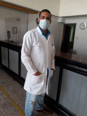 El orgullo del doctor floridano Manuel Ernesto Aguilar (+ Foto)