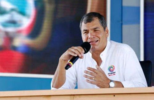Argumenta Correa medidas de emergencia para reconstruir Ecuador tras sismo