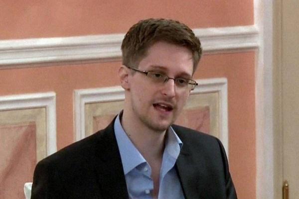 Publicarán en EE.UU. memorias de Edward Snowden