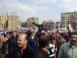 Egipcios optimistas sobre renuncia de Mubarak