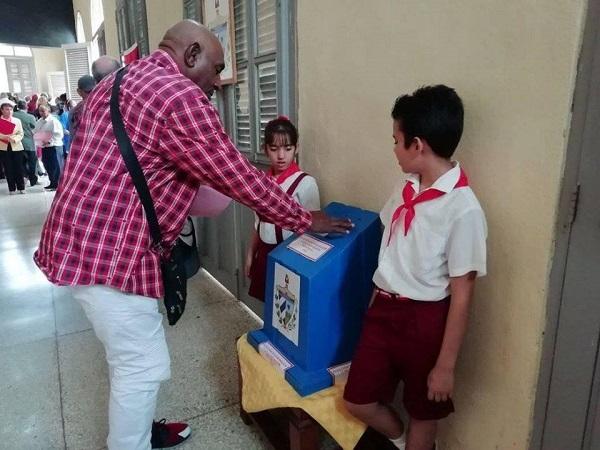 Efectúan con éxito en Camagüey elección de la gobernadora y vicegobernadora (+Audio y Post)