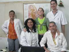 Un equipo multidisciplinario hace efectivo y duradero el implante.