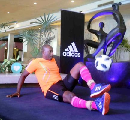 Cubano Hernández impone récord mundial en modalidad inédita de dominio del balón