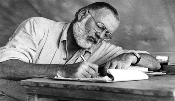 Sesiona en Cuba Coloquio Internacional Ernest Hemingway