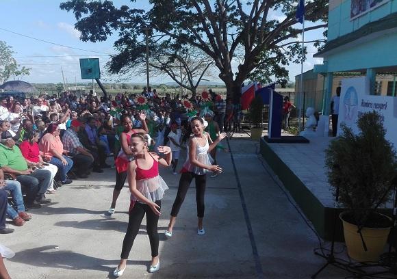 Camagüey: regalo de cumpleaños a niños y adolescentes de Altagracia (+Fotos)