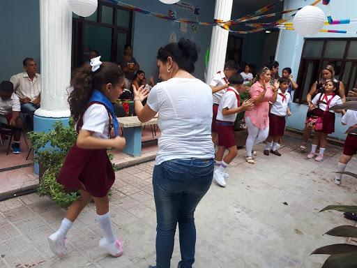 Camagüey: en perfeccionamiento educacional escuela para niños con trastorno del espectro autista
