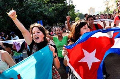 Cubanos aseguran que el futuro del país les pertenece