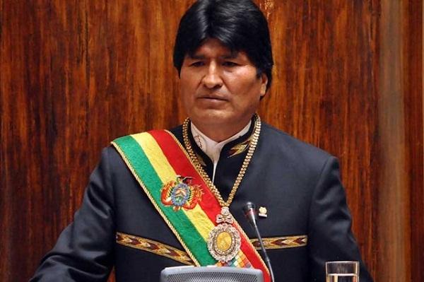Presidente boliviano llama a los jóvenes a tener valores antiimperialistas