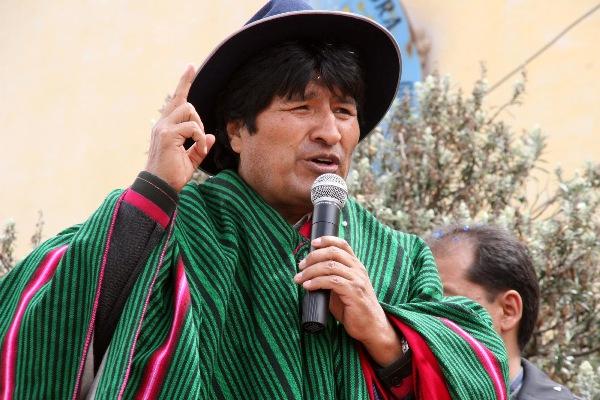 Repudia Evo Morales propósitos de Trump de agredir militarmente a Venezuela