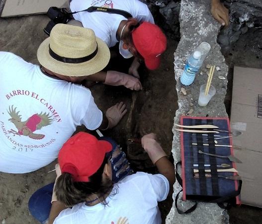 Hallan restos humanos en excavación arqueológica en capital camagüeyana