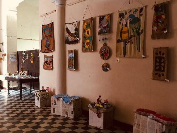 Artesanos camagüeyanos recopilan saberes en exposición colectiva (+ Fotos)