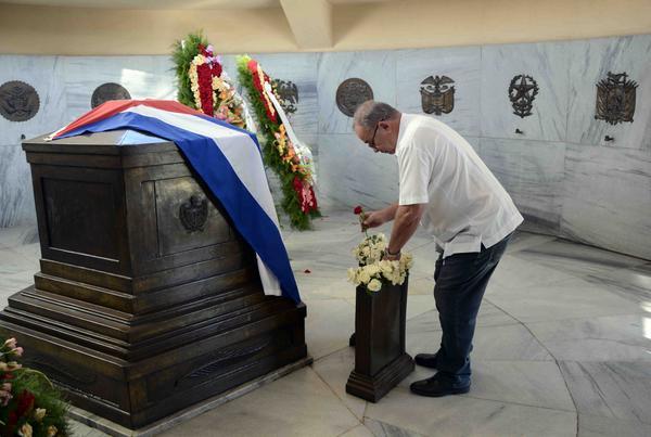 Lázaro Expósito, primer secretario del PCC en Santiago de Cuba.