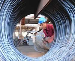 Celebran su día trabajadores metalúrgicos y electrónicos
