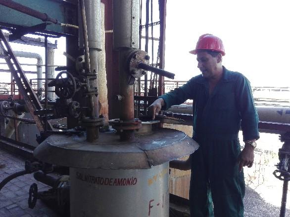 Reanuda producción de nitrato de amonio Fábrica de Fertilizantes de Nuevitas (+Fotos)