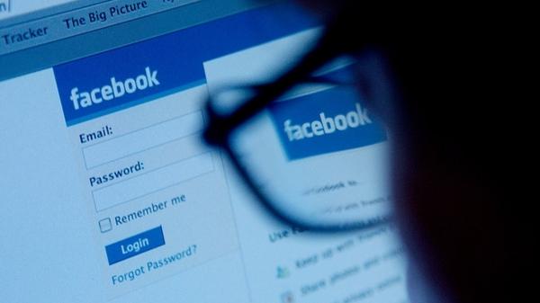Facebook enfrentará demanda por violar privacidad de usuarios